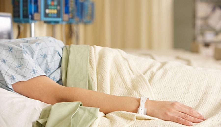 【唖然】母が事故で昏睡状態に… ⇒ トメ「大変だったね。大丈夫?」私「…はい」トメ「ねえ嫁子さん?亡くなったら保険金いくらおりるの?」私「え...