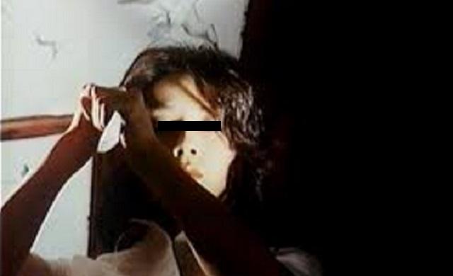 【修羅場】高校生の時に母親がウワキ、狂った母親に包丁で切り付けられた。その結果・・・・・・