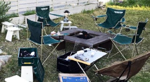 【唖然】10人ぐらいの男達が庭に侵入し、庭にいきなりBBQのセットやテントとか張り出した。私「出てけっ!」⇒ 無視するので通報した結果・・・