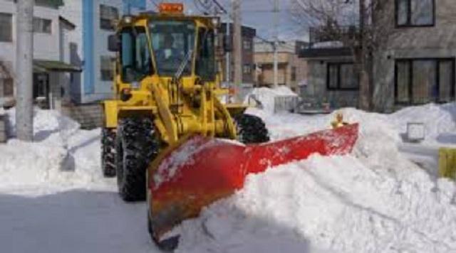 自己所有の大型重機で、大雪が降った後は無償でご近所さんの家周りを除雪している。ある時、お向かいさんが「除雪がちゃんとされていない」と文句を言...