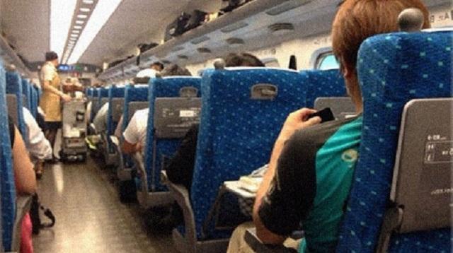 新幹線で。リーマン『その子が座ってる席、私が取ってるんですけど』俺「え?この子は知らない子です」⇒ するとリーマンが・・・