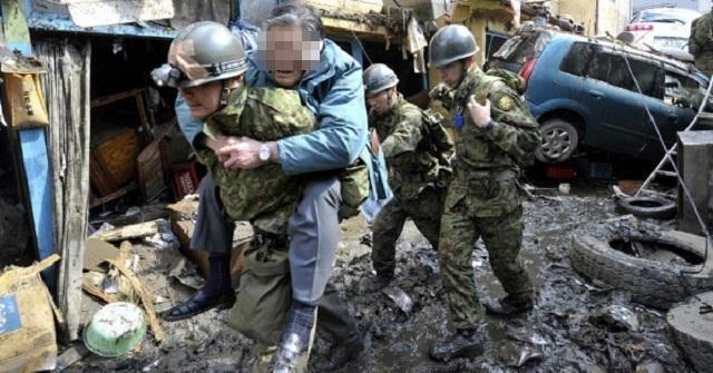 【いい話】彼らこそ日本の守護者! 震災にまつわる自衛隊員さんたちのエピソード
