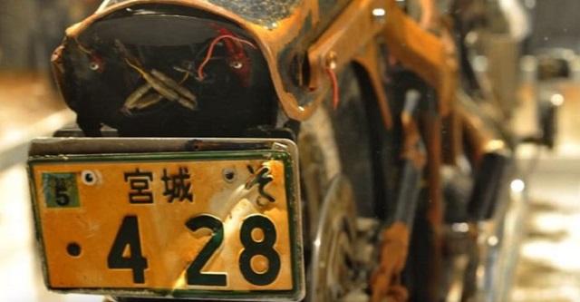津波で流されたバイクがカナダで発見されるも、持ち主は受け取りを断った。その理由に考えさせられる・・・
