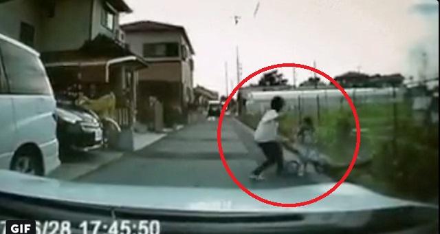 【共感】道路に飛び出してきた子供・・・。その後お母さんがとった対応に賞賛の声!!