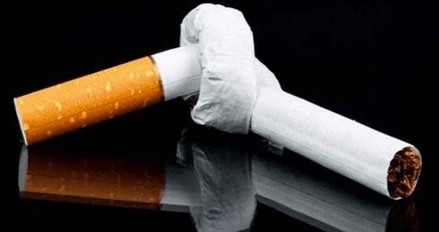 【注意喚起】○○はタバコより体に悪い飲み物だった!⇒『細胞を5歳老化させます』絶対に飲まないほうがいい飲み物とは!?