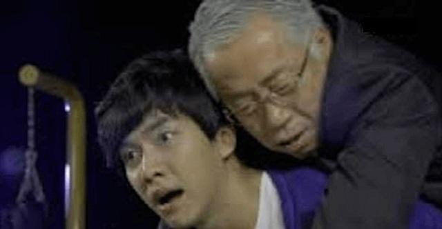 【驚愕の結末】駅で見知らぬ年寄りを助けて、会社の入社試験に遅刻!面接官『帰れ!』俺「そんな…」⇒ すると・・・