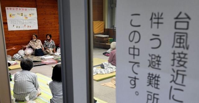 【教訓】台風接近に伴いほぼ1人で家族全員分の準備をして小学校に避難!→ 台風が過ぎ去り家に帰ると・・・