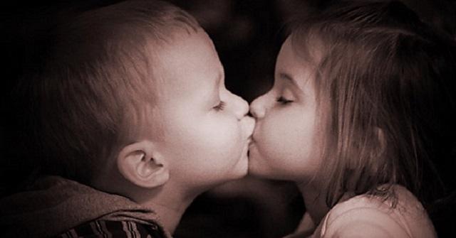 【衝撃事実】愛情表現だけじゃない!『キス』がもたらす、凄すぎる5つの効果とは…!?