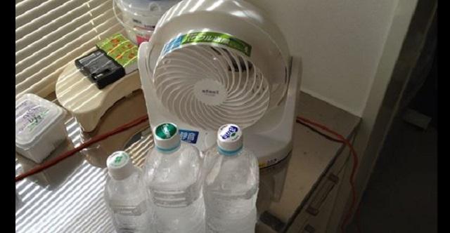 【衝撃裏技】冷房が苦手な方や節約に・・・扇風機とペットボトルで作る『除湿効果付き簡易クーラー』が凄すぎる!!