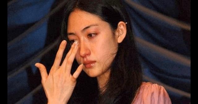 【愕然】次男を病気で亡くしたオダギリジョー・香椎由宇夫妻の慟哭の1週間の全貌